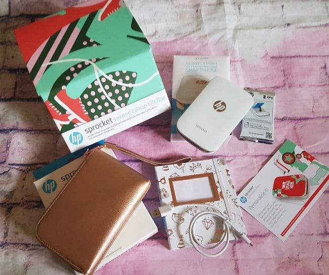 HP Sprocket gift set contents