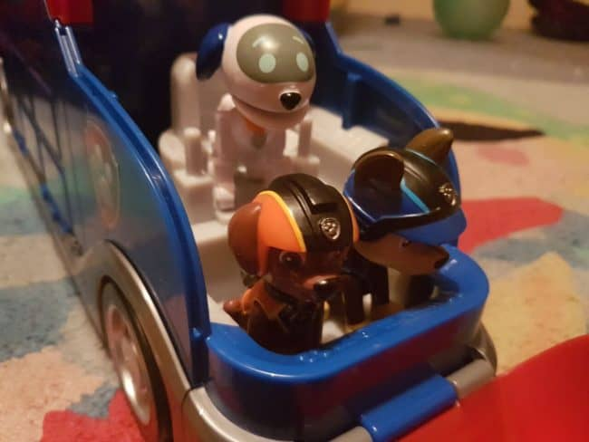 Paw patrol mission cruiser with robo dog and vehicle